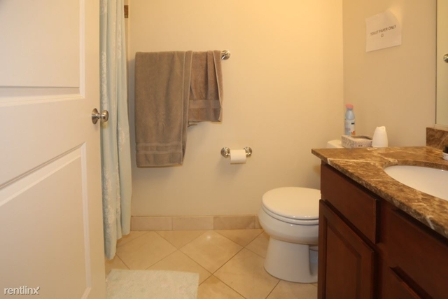 2 Bedrooms, Graceland West Rental in Chicago, IL for $2,500 - Photo 2
