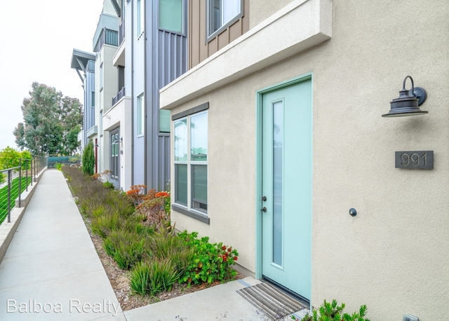 3 Bedrooms, Westside Costa Mesa Rental in Los Angeles, CA for $4,295 - Photo 1