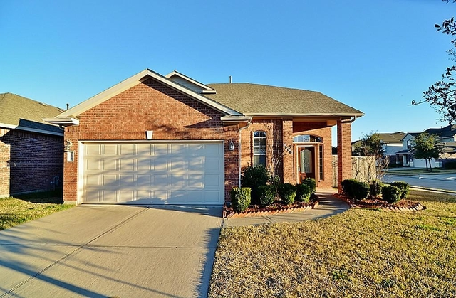 3 Bedrooms, Fort Bend County Rental in Houston for $1,750 - Photo 1