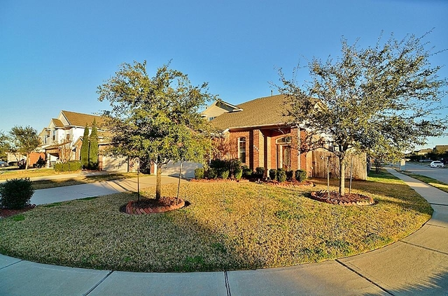 3 Bedrooms, Fort Bend County Rental in Houston for $1,750 - Photo 2