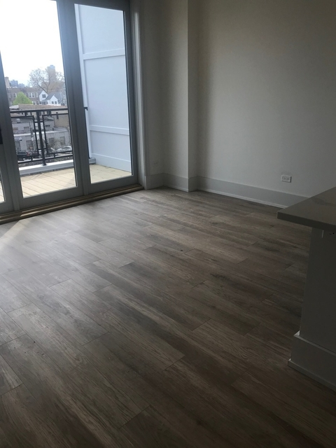 3 Bedrooms, Ravenswood Rental in Chicago, IL for $4,450 - Photo 2