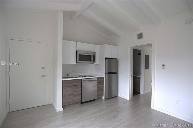 1 Bedroom, Espanola Villas Rental in Miami, FL for $1,800 - Photo 1
