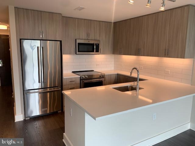 2 Bedrooms, Bethesda Rental in Washington, DC for $3,215 - Photo 1