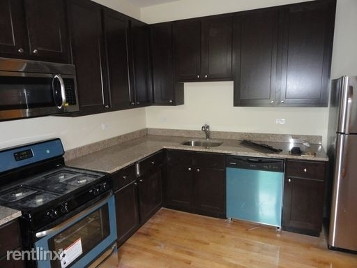 2 Bedrooms, The Villa Rental in Chicago, IL for $1,500 - Photo 1
