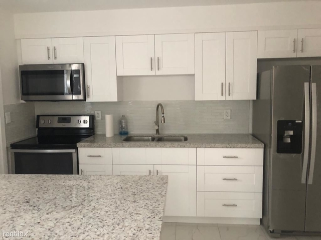 2 Bedrooms, Parkside Rental in Miami, FL for $1,800 - Photo 1
