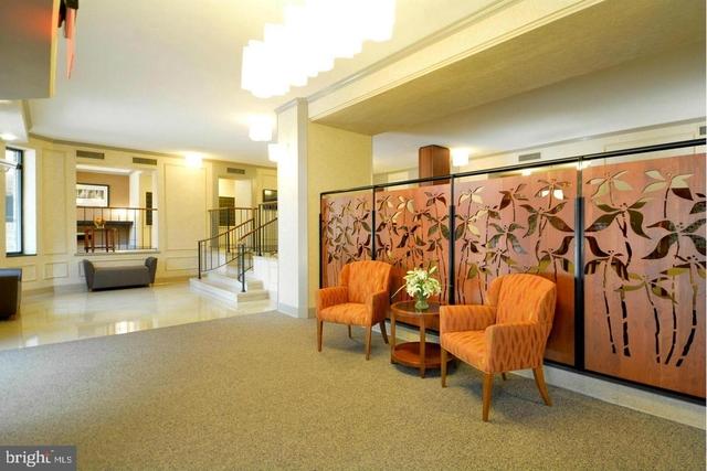 2 Bedrooms, Huntington Rental in Washington, DC for $2,500 - Photo 2