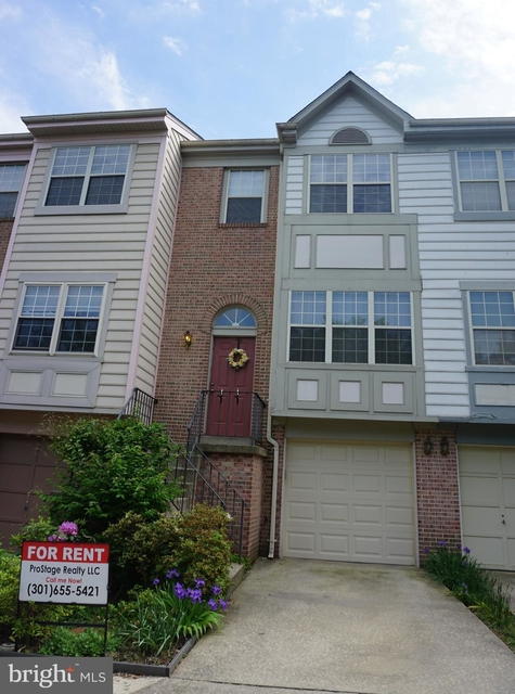 3 Bedrooms, West End Rental in Washington, DC for $2,400 - Photo 1