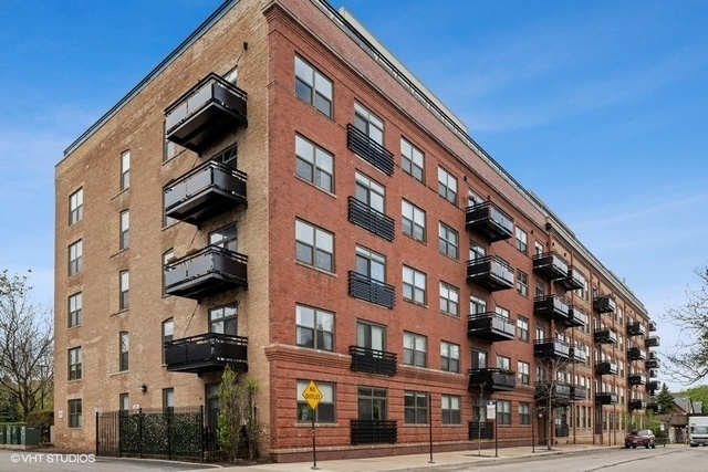 2 Bedrooms, Lathrop Rental in Chicago, IL for $2,650 - Photo 1