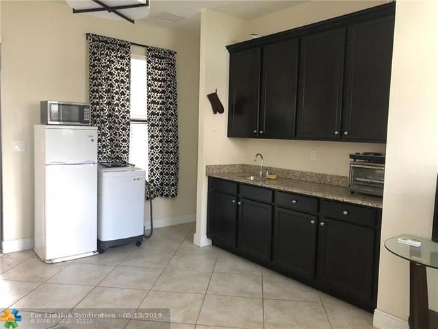 1 Bedroom, Cooper City Rental in Miami, FL for $1,350 - Photo 2