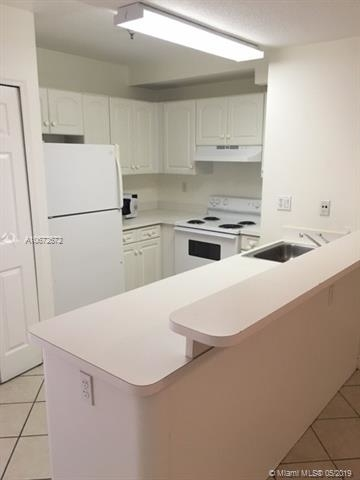 1 Bedroom, Northeast Coconut Grove Rental in Miami, FL for $1,450 - Photo 2
