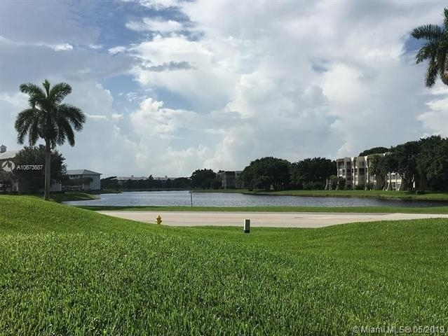 1 Bedroom, Tangerine Condominiums of Pine Island Rental in Miami, FL for $1,299 - Photo 1