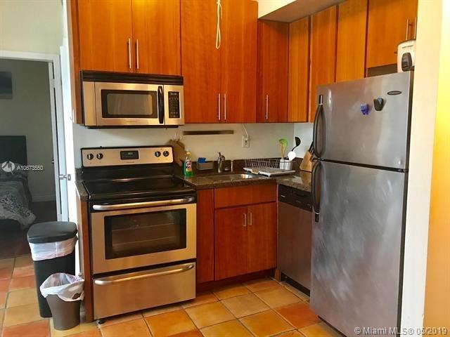 2 Bedrooms, Flamingo - Lummus Rental in Miami, FL for $1,750 - Photo 2