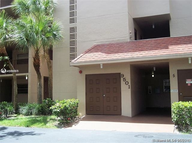 2 Bedrooms, Sabal Palm of Pine Rental in Miami, FL for $1,900 - Photo 1
