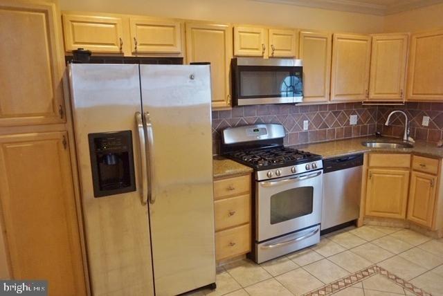 3 Bedrooms, Grays Ferry Rental in Philadelphia, PA for $1,700 - Photo 1