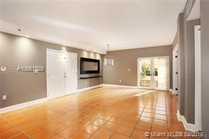 3 Bedrooms, Coral Gables Section Rental in Miami, FL for $2,450 - Photo 2