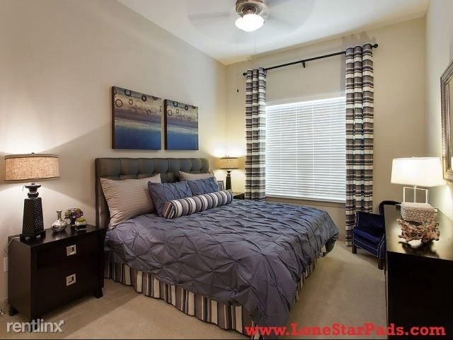 1 Bedroom, Crescent at Parkway Rental in Houston for $1,075 - Photo 2