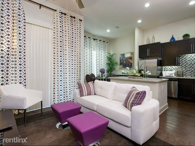 1 Bedroom, Crescent at Parkway Rental in Houston for $1,075 - Photo 1