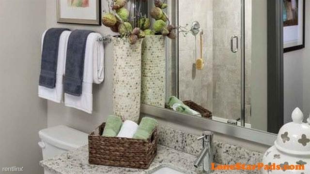 2 Bedrooms, Thornwood Rental in Houston for $2,130 - Photo 2
