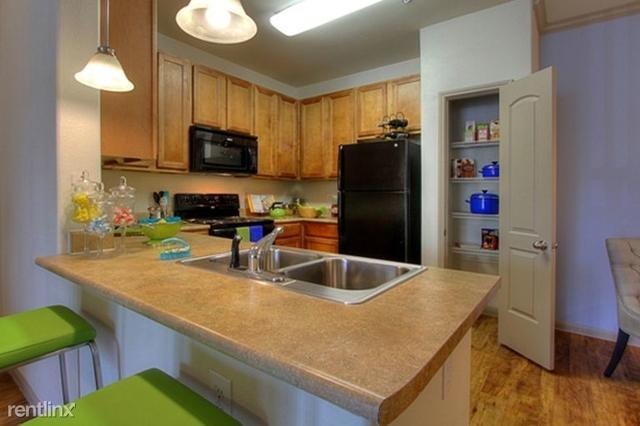 3 Bedrooms, Grogan's Mill Rental in Houston for $1,516 - Photo 1