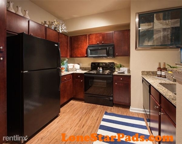 2 Bedrooms, The Woodlands Rental in Houston for $1,258 - Photo 2