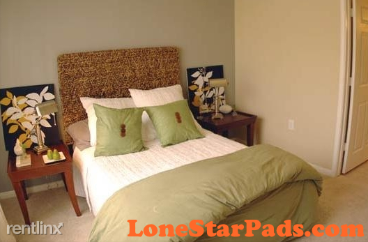 2 Bedrooms, Alexan at Gulf Pointe Apts Rental in Houston for $1,275 - Photo 2