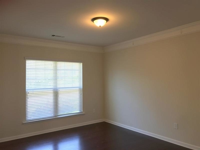 5 Bedrooms, Gwinnett County Rental in Atlanta, GA for $2,795 - Photo 2