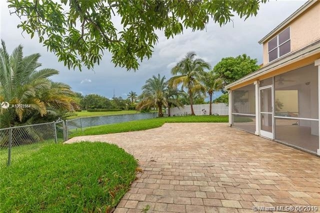 4 Bedrooms, Scarborough Rental in Miami, FL for $3,150 - Photo 2