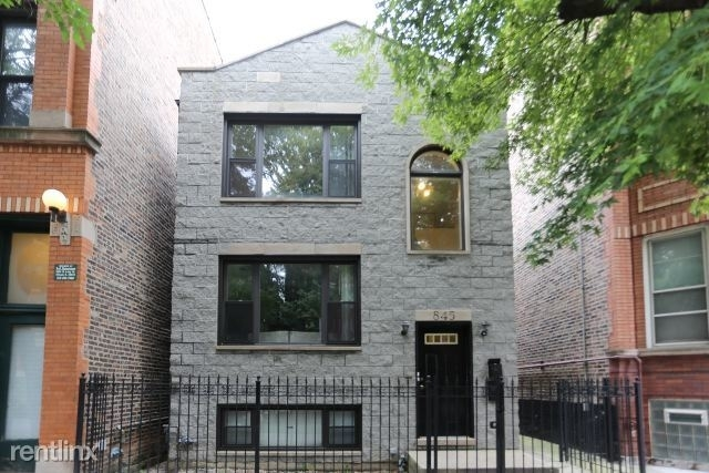 3 Bedrooms, Ukrainian Village Rental in Chicago, IL for $2,300 - Photo 1