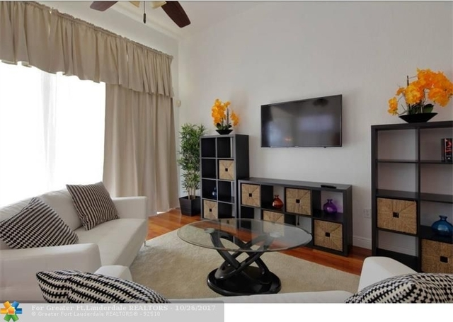 3 Bedrooms, Hollywood Lakes Rental in Miami, FL for $5,000 - Photo 2