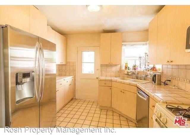 2 Bedrooms, Westwood Rental in Los Angeles, CA for $3,195 - Photo 2