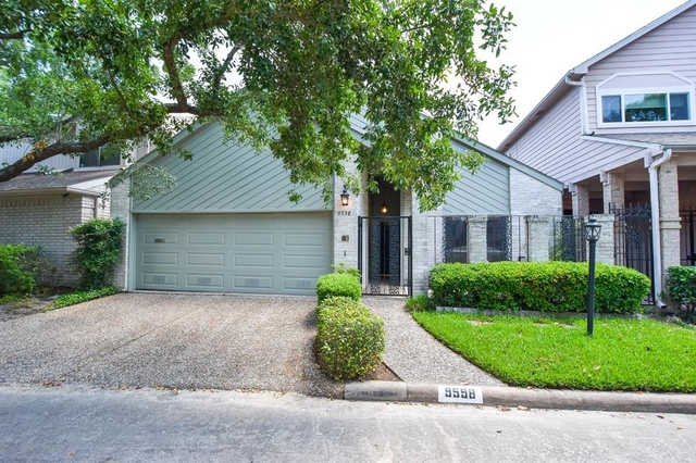 2 Bedrooms, Woodlake Forest Rental in Houston for $2,600 - Photo 2