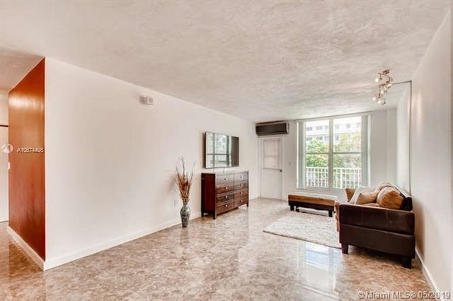 1 Bedroom, West Avenue Rental in Miami, FL for $1,700 - Photo 2