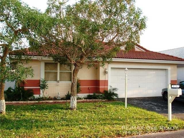 3 Bedrooms, Falcon's Lea Rental in Miami, FL for $2,450 - Photo 1