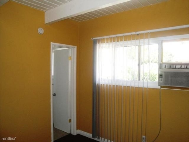 1 Bedroom, Hollywood United Rental in Los Angeles, CA for $1,500 - Photo 2