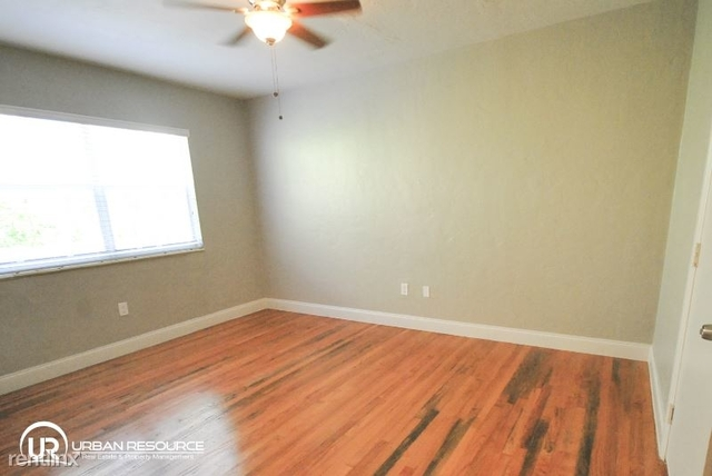 1 Bedroom, Altos Del Mar South Rental in Miami, FL for $1,275 - Photo 2