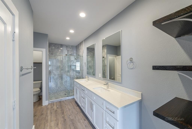 2 Bedrooms, Marlborough Square Condominiums Rental in Houston for $1,800 - Photo 2