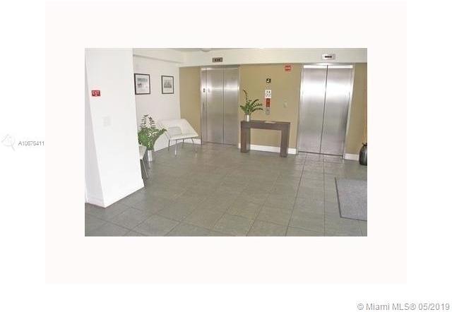 2 Bedrooms, Spring Garden Corr Rental in Miami, FL for $2,000 - Photo 2