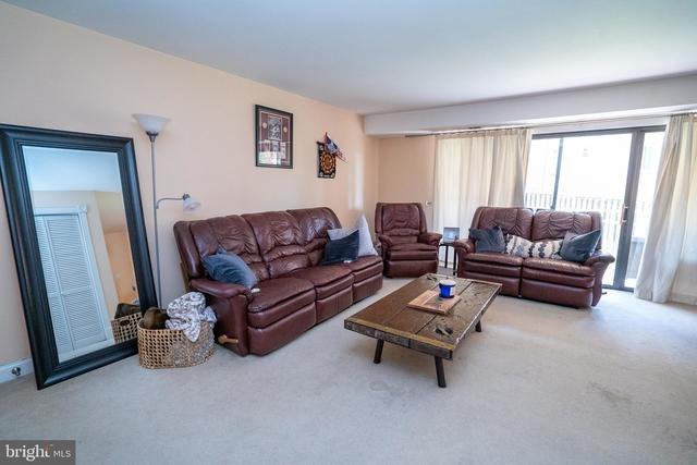 1 Bedroom, Waverly Hills Rental in Washington, DC for $1,625 - Photo 2