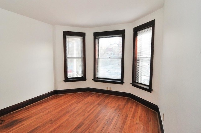 5 Bedrooms, South East Ravenswood Rental in Chicago, IL for $2,600 - Photo 2