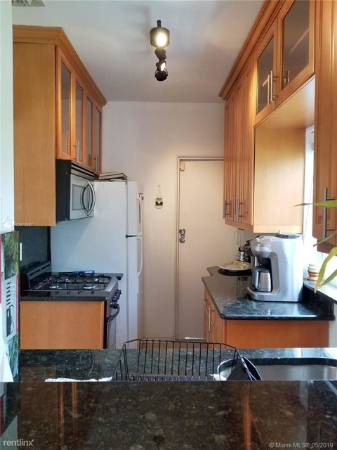1 Bedroom, Espanola Villas Rental in Miami, FL for $1,950 - Photo 2