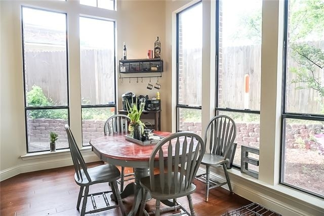 2 Bedrooms, Ridglea Hills Rental in Dallas for $1,795 - Photo 2