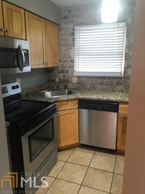 2 Bedrooms, Mechanicsville Rental in Atlanta, GA for $1,150 - Photo 2
