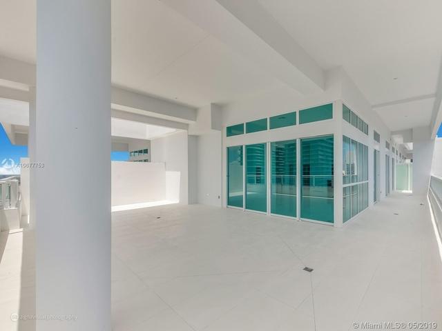 4 Bedrooms, Miami Financial District Rental in Miami, FL for $11,500 - Photo 2