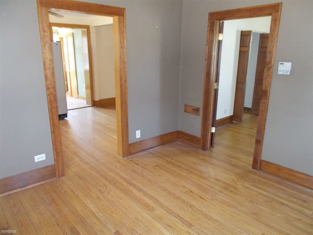 3 Bedrooms, Thornton Rental in Chicago, IL for $1,200 - Photo 1