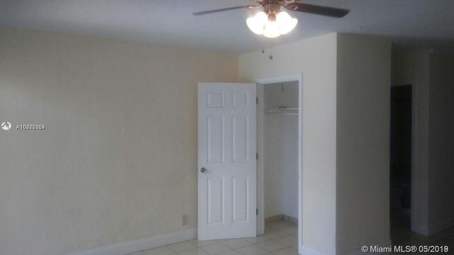 1 Bedroom, Silver Bluff Estates Rental in Miami, FL for $1,100 - Photo 2