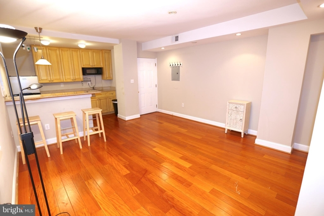 1 Bedroom, Mount Vernon Square Rental in Washington, DC for $1,950 - Photo 2