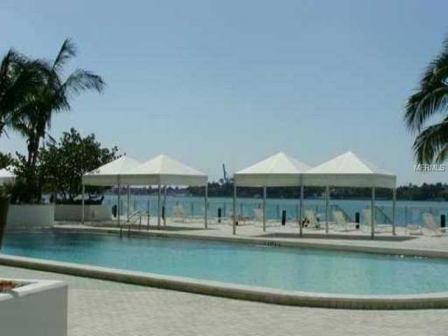 2 Bedrooms, City Center Rental in Miami, FL for $3,400 - Photo 2