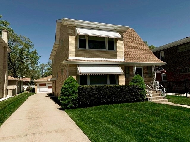 3 Bedrooms, Park Ridge Rental in Chicago, IL for $1,700 - Photo 2