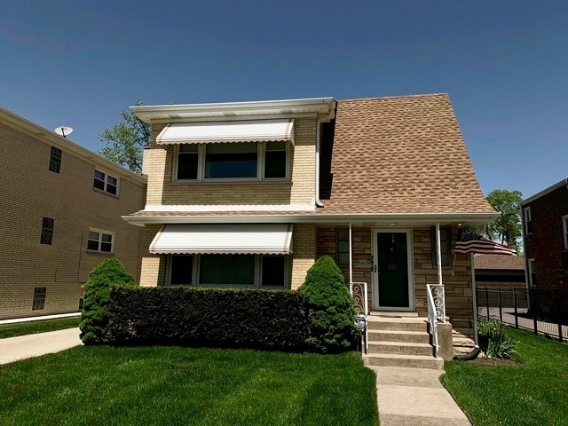 3 Bedrooms, Park Ridge Rental in Chicago, IL for $1,700 - Photo 1