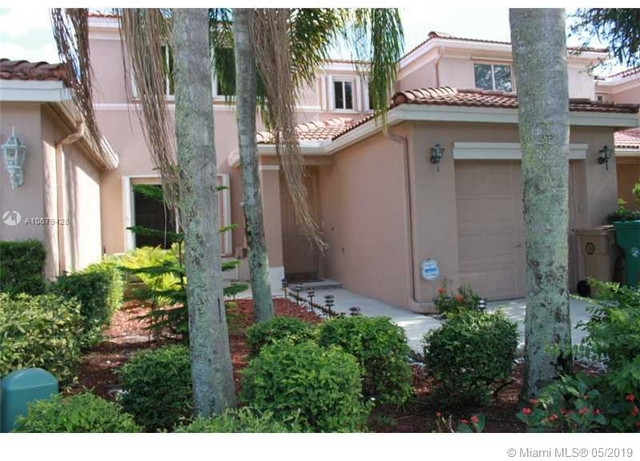 3 Bedrooms, The Village at Harmony Lake Rental in Miami, FL for $2,600 - Photo 1